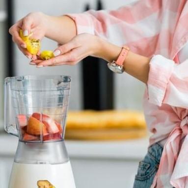 Kielichowy, ręczny, sportowy… Jaki blender do smoothie sprawdzi się najlepiej?