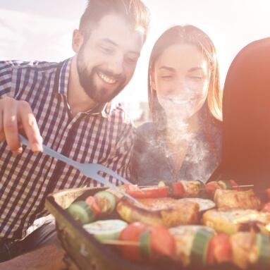 Zdrowe grillowanie, czyli jaki grill elektryczny wybrać? Ranking grilli elektrycznych.