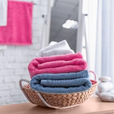 Jak prawidłowo prać ręczniki? Najważniejsze zasady.