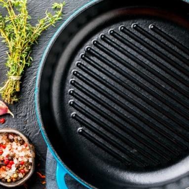 Jaka patelnia grillowa sprawdzi się w Twojej kuchni?