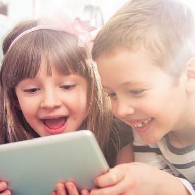 Jaki prezent na Dzień Dziecka będzie hitem tego roku? Poradnik dla rodziców