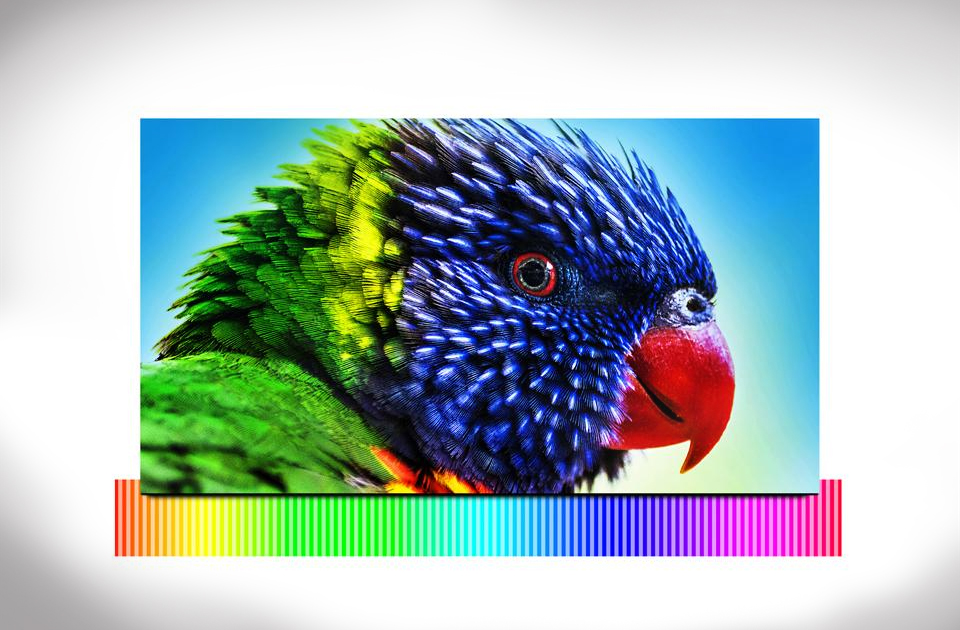 Samsung jobb képet köszönhetően intenzív színeket.  Wide Color Enhancer Plus