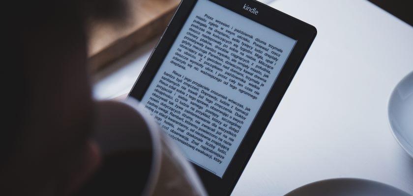Czytnik e-bookow