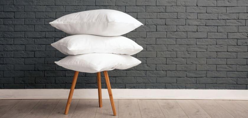 Poduszki na krześle
