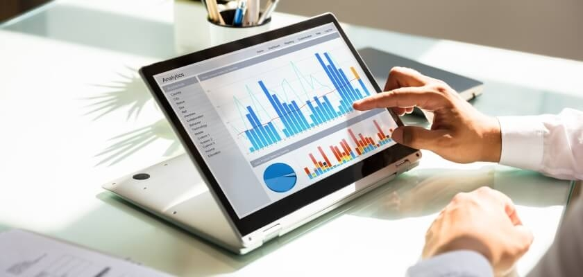 biznesowy laptop z ekranem dotykowym